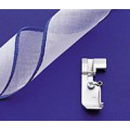 Лапка для оверлока для декоративной отделки швов шнуром